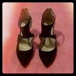 1 pair leather heel